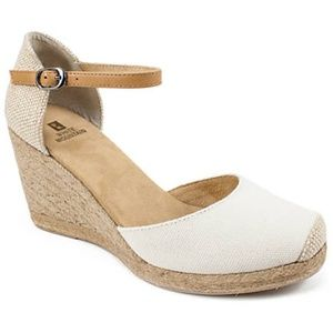 New White Mountain Mamba Espadrille Wedge Sandals